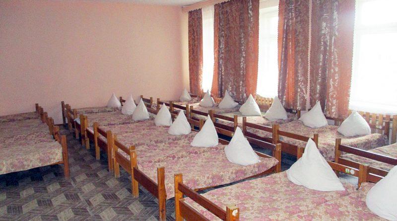 Д/с №33: «Одеяла и подушки ждут ребят!»