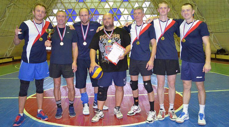 Команда «Строитель» - победитель турнира.