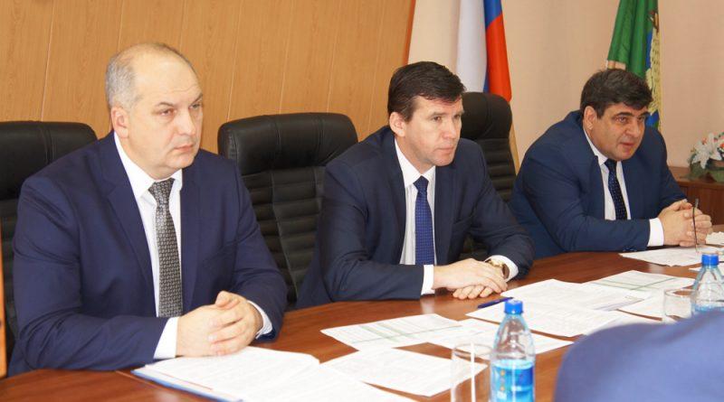 В.Токарев, С.Рябинин, С.Романцов.